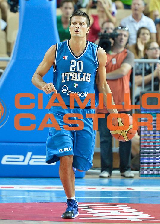 DESCRIZIONE : Capodistria Koper Italia Slovenia Italy Slovenja<br /> GIOCATORE : Andrea Cinciarini<br /> CATEGORIA : palleggio<br /> SQUADRA : Nazionale Italia Maschile Uomini<br /> EVENTO :  Capodistria Partita Amichevole<br /> GARA : Italia Slovenia Italy Slovenja<br /> DATA : 24/08/2013<br /> SPORT : Pallacanestro<br /> AUTORE : Agenzia Ciamillo-Castoria/R.Morgano<br /> Galleria : FIP Nazionali 2013<br /> Fotonotizia : Capodistria Koper Italia Slovenia Italy Slovenja<br /> Predefinita :