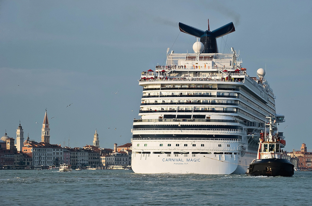 VENICE ITALY 13th December 2011 Could cruise ships be banned from Venice? Local officials will be discussing the topic this week amid growing worries about the industry's impact on the historic city.<br /> <br /> Marco Secchi msecchi@gmil.com Tel +44 207 193 9846