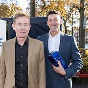 """NLD/Laren/20171113 - Boekpresentatie Ben Cramer  """"meer dan een clown"""", Hans Cornelissen en partner Ton Backer"""
