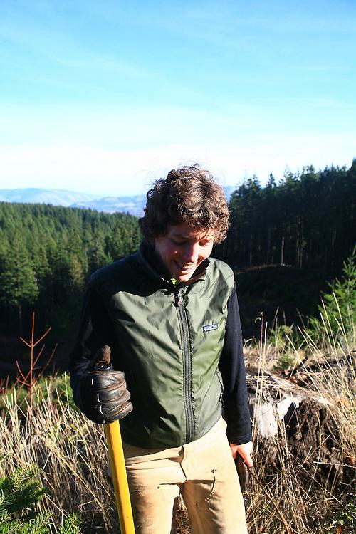 mountain bike trail work in post canyon,hood river Oregon