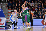 DESCRIZIONE : Eurolega Euroleague 2015/16 Gir.D Dinamo Banco di Sardegna Sassari - Unicaja Malaga<br /> GIOCATORE : Carlos Suarez<br /> CATEGORIA : Tiro Tre Punti Three Point Controcampo Ritardo<br /> SQUADRA : Unicaja Malaga<br /> EVENTO : Eurolega Euroleague 2015/2016<br /> GARA : Dinamo Banco di Sardegna Sassari - Unicaja Malaga<br /> DATA : 10/12/2015<br /> SPORT : Pallacanestro <br /> AUTORE : Agenzia Ciamillo-Castoria/L.Canu