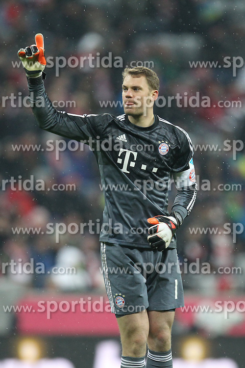 27.02.2015, Allianz Arena, Muenchen, GER, 1. FBL, FC Bayern Muenchen vs 1. FC K&ouml;ln, 23. Runde, im Bild Schlussjubel, Manuel Neuer #1 (FC Bayern Muenchen) // during the German Bundesliga 23rd round match between FC Bayern Munich and 1. FC K&ouml;ln at the Allianz Arena in Muenchen, Germany on 2015/02/27. EXPA Pictures &copy; 2015, PhotoCredit: EXPA/ Eibner-Pressefoto/ EXPA/ Kolbert<br /> <br /> *****ATTENTION - OUT of GER*****