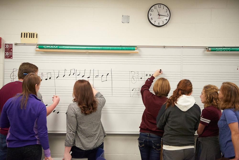 "-UWL UW-L UW-La Crosse University of Wisconsin-La Crosse; Candid; Center for the ArtsCFA; Classroom; day; Inside; Music; Pen; Pencil; Student students; ""Whiteboard;Chalkboard"""