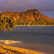 Diamond Head crater at the end of Waikiki Beach in Honolulu, Hawaii.