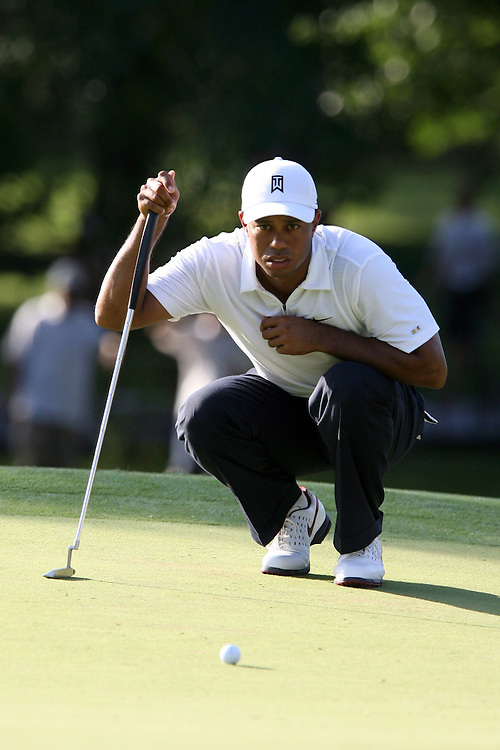 10 August 2007: Tiger Woods analyzes the 17th green during the second round of the 89th PGA Championship at Southern Hills Country Club in Tulsa, OK.