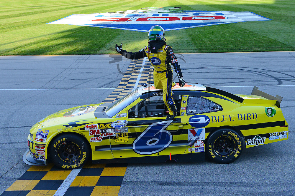 Joliet,Il - Sep 15, 2012:  Ricky Stenhouse, Jr. (6) wins the Dollar General 300 at Chicagoland Speedway in Joliet, Il.