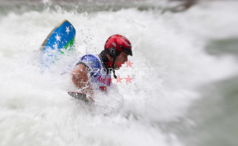 18.06.2010, Drauwalze, Lienz, AUT, ECA Kayak Freestyle European Championships, im Bild Feature Fresstyle Kajak, Devred Maxime, FRA, Men, #55, EXPA Pictures © 2010, PhotoCredit: EXPA/ J. Feichter