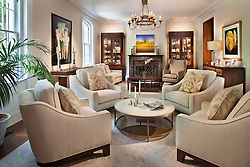 34_Kalorama_living room