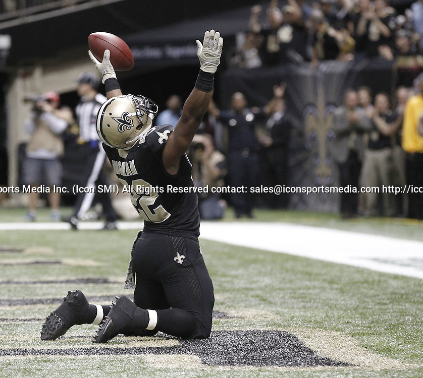 Nov. 10, 2013 - New Orleans, LA, USA - Darren Sproles (43) of the New Orleans Saints scores a third-quarter touchdown against the Dallas Cowboys at the Mercedes-Benz Superdome in New Orleans on Sunday, Nov. 10, 2013