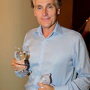 NLD/Amsterdam/20110929 - Presentatie biografie Mies Bouwman, Arthur Japin