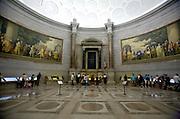 UNITED STATES-WASHINGTON DC-American National Archives. PHOTO: GERRIT DE HEUS.VERENIGDE STATEN-WASHINGTON DC-Het Amerikaans Nationaal Archief. Hier wordt de Onafhankelijkheidsverklaring en de grondwet tentoongesteld. PHOTO  GERRIT DE HEUS