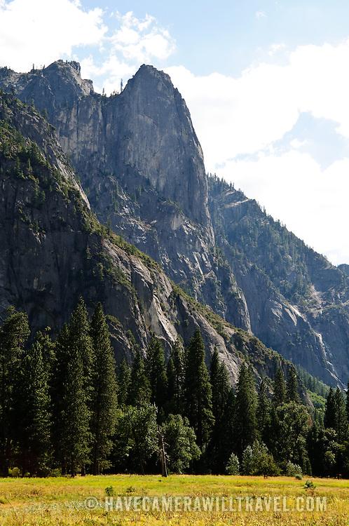 Yosemite Valley clifss