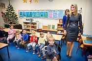 16-12-2015 - Queen Maxima visits the Liduina school in The Hague  a music project Queen Maxima will visit the primary school Liduinastraat. It does so in order to be informed of music education. COPYRIGHT ROBIN UTRECHT <br /> DEN HAAG - Koningin Maxima brengt een bezoek aan de basisschool Liduina. Zij wordt als erevoorzitter van het Platform Ambassadeurs Muziekonderwijs op de hoogte gebracht van het muziekonderwijs op de basisschool.
