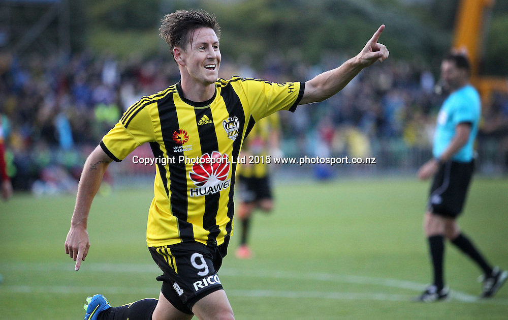 Phoenix' Nathan Burns celebrates his goal during the A-League football match between the Wellington Phoenix & Adelaide United, at the Hutt Recreational Ground, Wellington, 7th March 2015. Copyright Photo.: Grant Down / www.photosport.co.nz