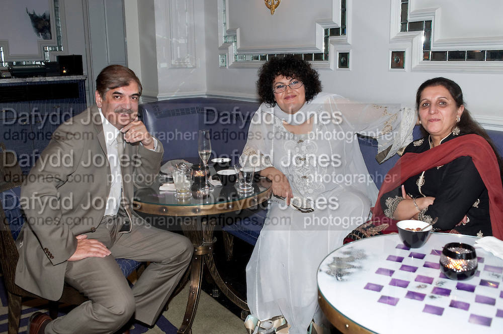 GHINWA BHUTTO; SHAJO JATOI, Henry Porter hosts a launch for Songs of Blood and Sword by Fatima Bhutto. The Artesian at the Langham London. Portland Place. 15 April 2010. *** Local Caption *** -DO NOT ARCHIVE-© Copyright Photograph by Dafydd Jones. 248 Clapham Rd. London SW9 0PZ. Tel 0207 820 0771. www.dafjones.com.<br /> GHINWA BHUTTO; SHAJO JATOI, Henry Porter hosts a launch for Songs of Blood and Sword by Fatima Bhutto. The Artesian at the Langham London. Portland Place. 15 April 2010.