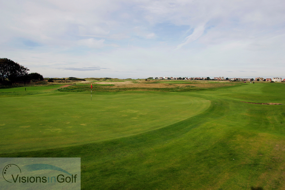 2nd hole, Royal Liverpool GC, Hoylake, UK.<br /> Picture Credit:  Mark Newcombe / visionsingolf.com