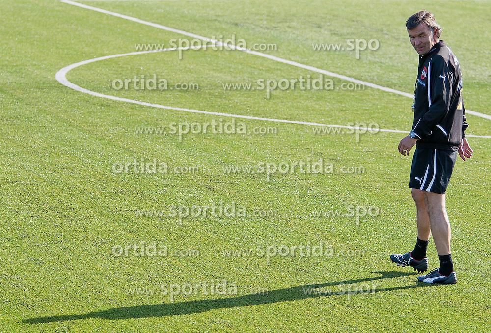 04.10.2011, Bad Tatzmannsdorf, AUT, OeFB, Nationalmannschaft Teamtraining, im Bild Willi Ruttensteiner, EXPA Pictures © 2011, PhotoCredit: EXPA/ Erwin Scheriau