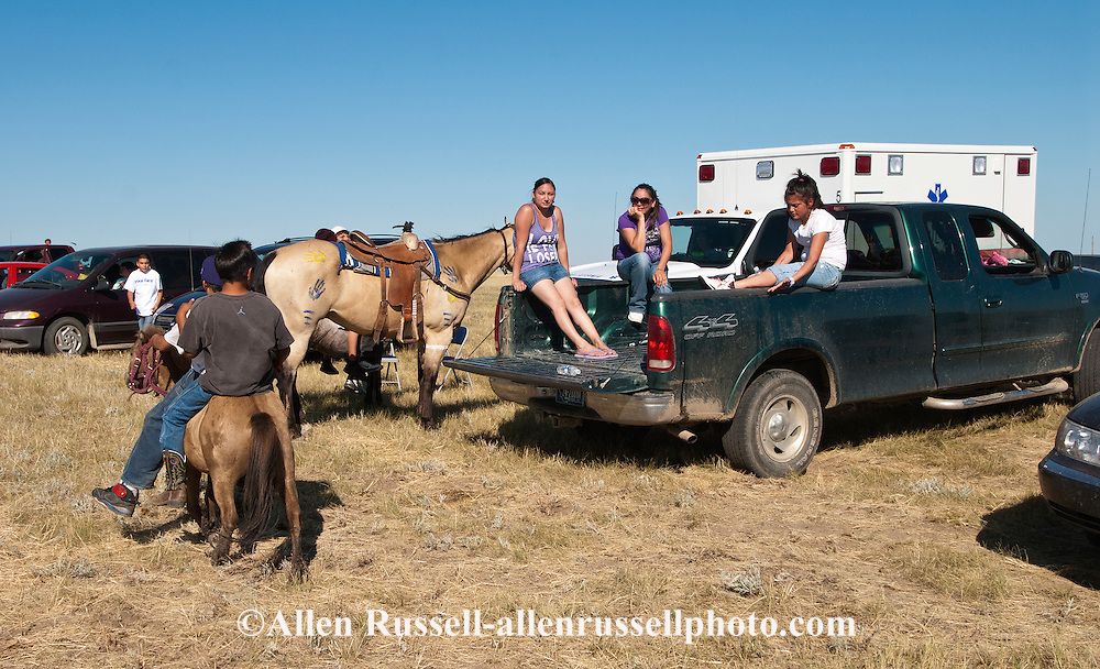 Fort Belknap Indian Reservation, Montana, Milk River Memorial Horse Races, spectators