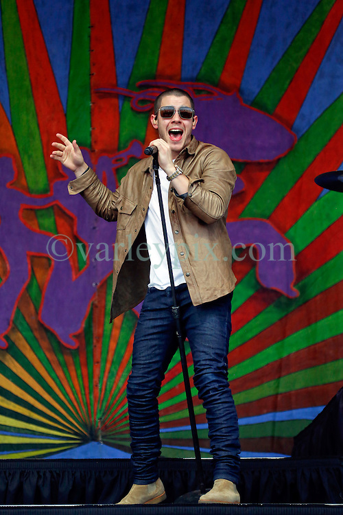 24 April 2016. New Orleans, Louisiana.<br /> The New Orleans Jazz and Heritage Festival. <br /> Nick Jonas plays the Gentilly Stage.<br /> Photo; Charlie Varley/varleypix.com