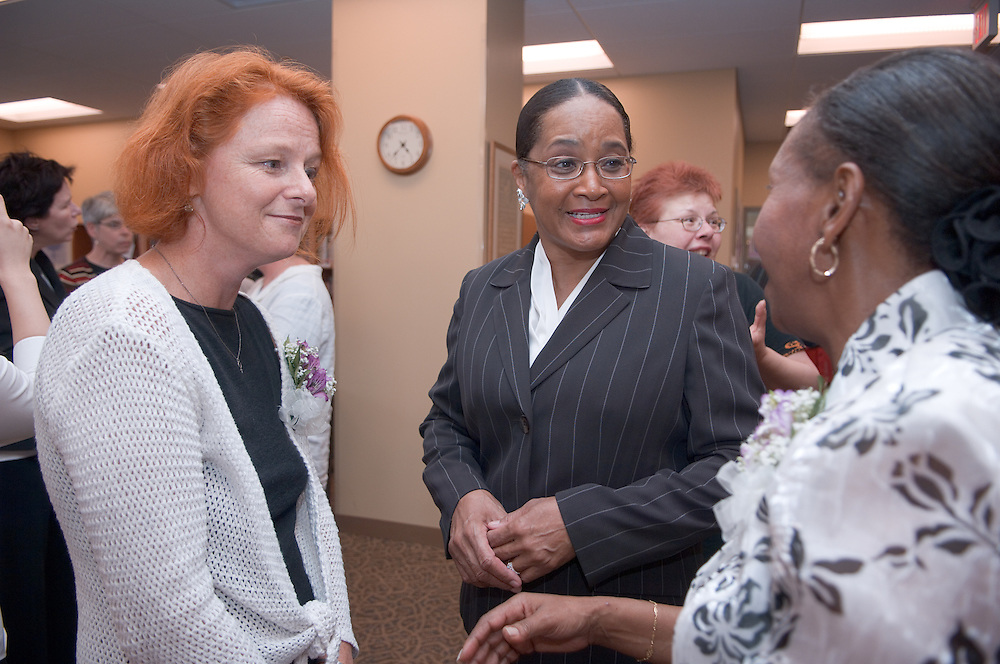18385Welcome reception for the new Director of the Women's Center, Dr. Susanne B. Dietzel.. Dr. Susanne B. Dietzel talks with Beatrice Selotlegeng and Mrs. McDavis