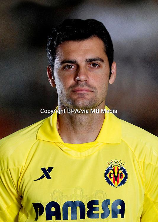 Chechu Dorado ( Villarreal CF )