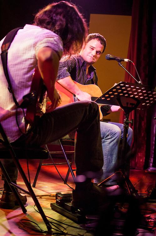 John Giorno avec Malcolm Goldstein au violon, Thomas Hellman, Olaf Gundel, 1 février 2008.