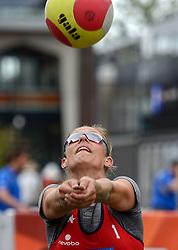 20150621 NED: Wildcard WK Beachvolleybal, Amstelveen<br /> In Amstelveen werd er voor de laatste ticket voor het WK gestreden / Mered de Vries