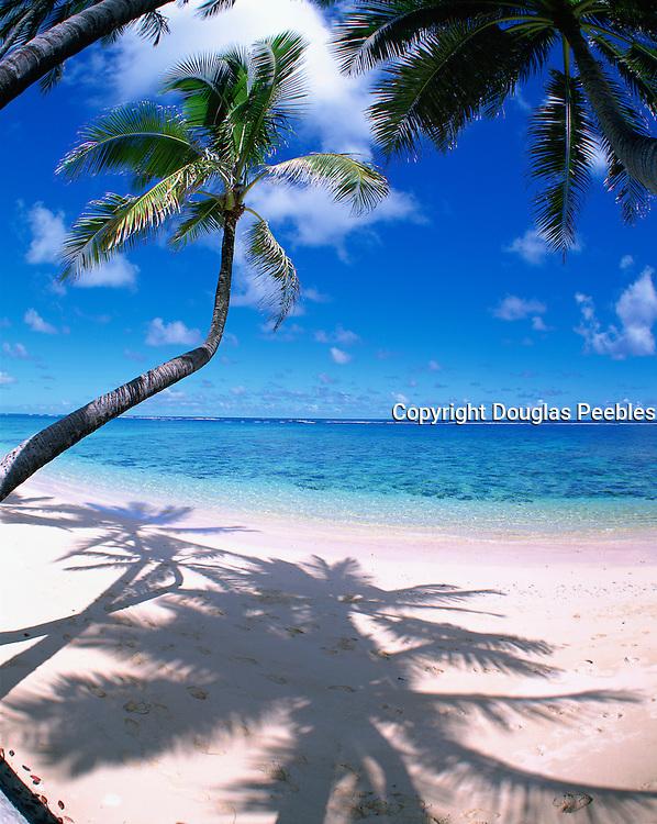 Kaaawa Beach, Oahu, Hawaii, USA<br />