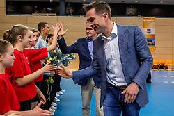 19-02-2017 NED: Bekerfinale Draisma Dynamo - Seesing Personeel Orion, Zwolle<br /> In een uitverkochte Landstede Topsporthal wint Orion met 3-1 de bekerfinale van Dynamo / Guido Davio en peter Sprenger