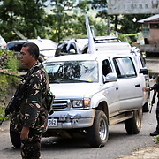 MARAWI, PHILIPPINES - JUNE 4: Philippine military check all vehicles going in and out of Marawi city during fight between Islamist rebels in Marawi City in southern Philippines June 4, 2017. Philippine Arm Forces and Marines continue to advance their positions as more soldiers reinforce to fight the Maute group in Marawi City, Mindanao, Philippines. (Photo: Richard Atrero de Guzman/ANADOLU Agency)