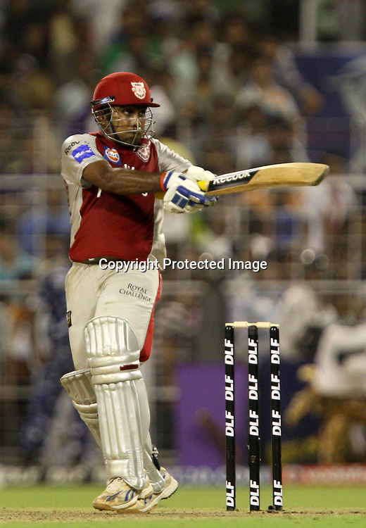 Kings XI Punjab Batsman Mahila Jayawrdhane  Hit The Shot Against Kolkata Knight Riders During The Kolkata Knight Riders vs Kings XI Punjab 34th match Twenty20 match | 2009/10 season Played at Eden Gardens, Kolkata <br />
