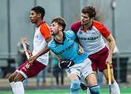 ALMERE - Hockey - Hoofdklasse competitie heren. ALMERE-HGC (0-1) .  Stijn Jolie (Almere)  (r) met midden Steijn van Heijningen (HGC) en links Terrance Pieters (Almere) . COPYRIGHT KOEN SUYK