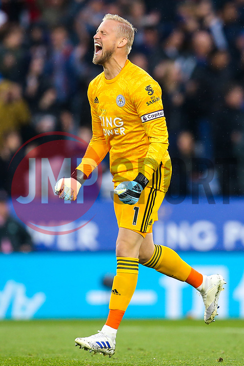 Kasper Schmeichel of Leicester City celebrates - Mandatory by-line: Robbie Stephenson/JMP - 29/09/2019 - FOOTBALL - King Power Stadium - Leicester, England - Leicester City v Newcastle United - Premier League