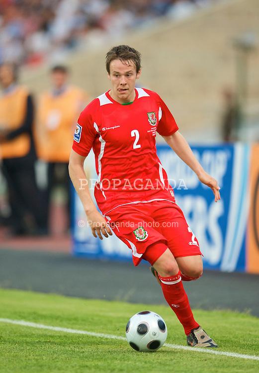BAKU, AZERBAIJAN - Saturday, June 6, 2009: Wales' Chris Gunter in action against Azerbaijan during the 2010 FIFA World Cup Qualifying Group 4 match at the Tofig Bahramov Stadium. (Pic by David Rawcliffe/Propaganda)