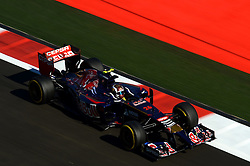 10.10.2014, Sochi Autodrom, Sotschi, RUS, FIA, Formel 1, Grosser Preis von Russland, Training, im Bild Daniil Kvyat (RUS) Scuderia Toro Rosso STR9. // during the Practice of the FIA Formula 1 Russia Grand Prix at the Sochi Autodrom in Sotschi, Russia on 2014/10/10. EXPA Pictures © 2014, PhotoCredit: EXPA/ Sutton Images/ Lundin<br /> <br /> *****ATTENTION - for AUT, SLO, CRO, SRB, BIH, MAZ only*****