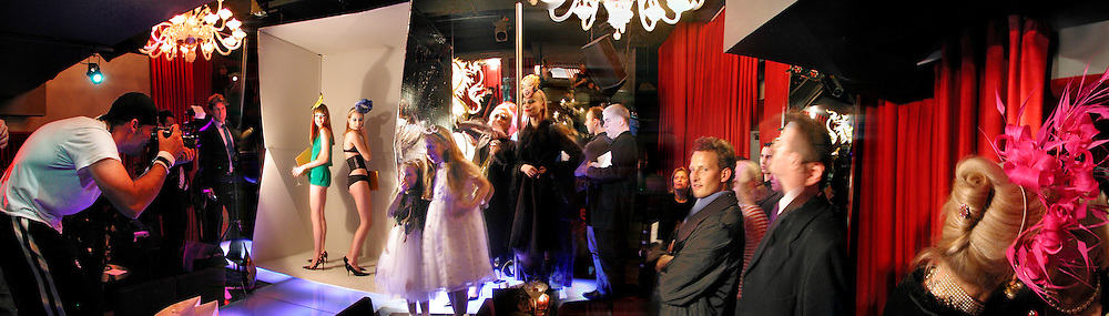 L to R: David La Chapelle photographing  Lady Eloise Anson, Sophia Hesketh,  2 girls: Katy and Alice tubbing,  The Tangueray party in honour of Philip Treacy. Pink Paradise Club, Paris. 22 January 2003. © Copyright Photograph by Dafydd Jones 66 Stockwell Park Rd. London SW9 0DA Tel 020 7733 0108 www.dafjones.com