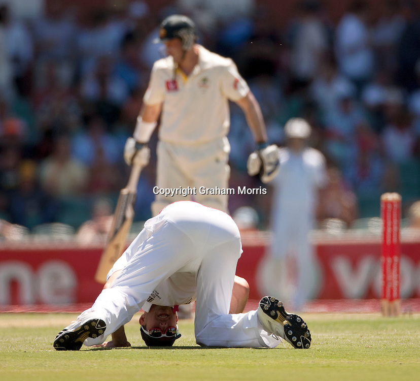 Kevin Pietersen during the second Ashes Test Match between Australia and England at the Adelaide Oval. Photo: Graham Morris (Tel: +44(0)20 8969 4192 Email: sales@cricketpix.com) 3/12/10
