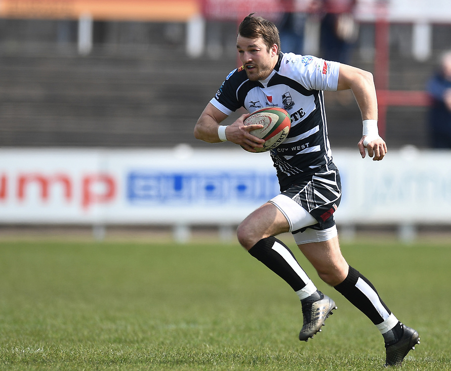 Pontypridds' Dale Stuckey<br /> Photographer Mike Jones/Replay Images<br /> <br /> Aberavon RFC v Pontypridd RFC <br /> Principality Premiership<br /> Saturday 14th April 2018<br /> Talbot Athletic Ground<br /> <br /> World Copyright © Replay Images . All rights reserved. info@replayimages.co.uk - http://replayimages.co.uk