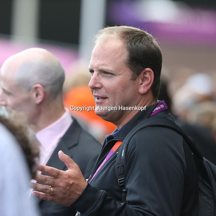 Olympiade,Wimbledon,AELTC,London 2012.Olympic Tennis Tournament, Roger Federer Manager Tony Godsick,Portrait,.Hochformat,Feature,