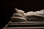 Ilaria del Carretto burial in city's cathedral