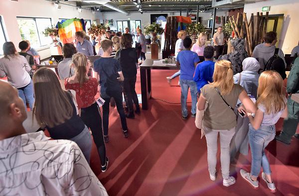 Nederland, Nijmegen, 11-10-2018 De GGD gelderland zuid houdt een inentingscampagne voor jongeren tegen de meningokokkenbacterie en baarmoederhalskanker bij meisjes, jonge vrouwen. Foto: Flip Franssen