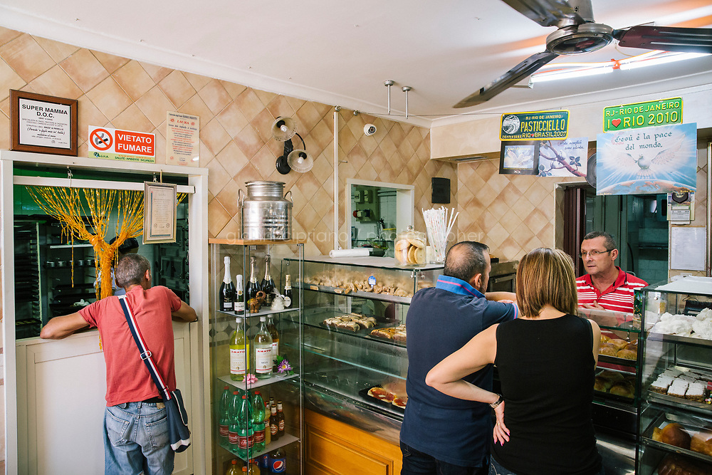 NAPLES, ITALY - 7 JUNE 2018: Customers are seen here at Pasticcielo, a bakery in Naples, Italy, on June 7th 2018.<br /> <br /> Pasticciello was founded 34 years ago by Lucia Tagliatela.