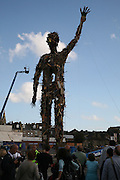 Exodus Day organised by ArtAngel and The Completion and Burning of Waste Man. Designed by Anthony Gormley and Built by volunteers. Margate. 30 September 2006. -DO NOT ARCHIVE-© Copyright Photograph by Dafydd Jones 66 Stockwell Park Rd. London SW9 0DA Tel 020 7733 0108 www.dafjones.com