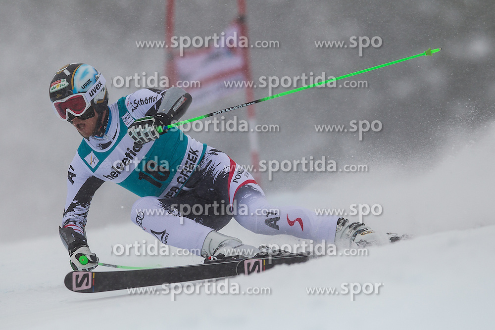 08.12.2013, Birds of Prey, Beaver Creek, USA, FIS Ski Weltcup, Beaver Creek, Riesentorlauf, Herren, 1. Durchgang, im Bild Hannes Reichelt (AUT) // Hannes Reichelt of Austria in action during the the 1st run of mens Giant Slalom of the Beaver Creek FIS Ski Alpine World Cup at the Birds of Prey Raptor in Beaver Creek, United States on 2012/12/08. EXPA Pictures © 2013, PhotoCredit: EXPA/ Johann Groder