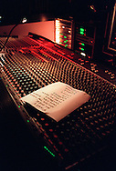 (c)1999 Matt Stroshane.Matt_stroshane@hotmail.com..Live concert, The Barroom, Miami Beach, Florida, 5/99.