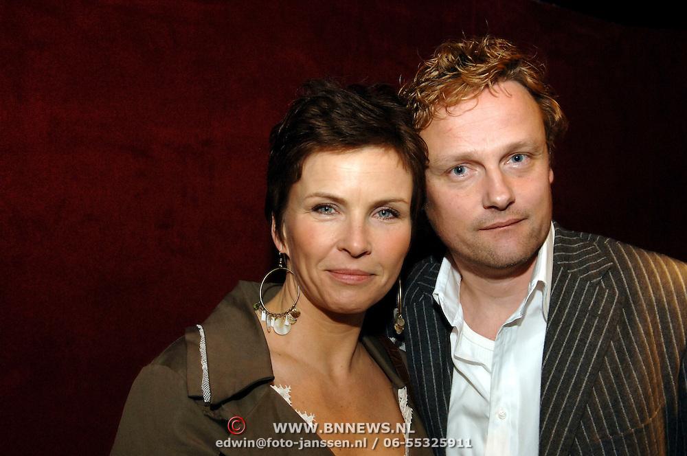 NLD/Utrecht/20060319 - Gala van het Nederlandse lied 2006, Anita Witzier en partner Michel Nillesen