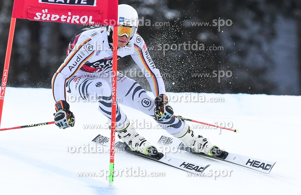 17.12.2017, Grand Risa, La Villa, ITA, FIS Weltcup Ski Alpin, Alta Badia, Riesenslalom, Herren, 1. Lauf, im Bild Alexander Schmid (GER) // Alexander Schmid of Germany in action during his 1st run of men's Giant Slalom of FIS ski alpine world cup at the Grand Risa in La Villa, Italy on 2017/12/17. EXPA Pictures © 2017, PhotoCredit: EXPA/ Erich Spiess