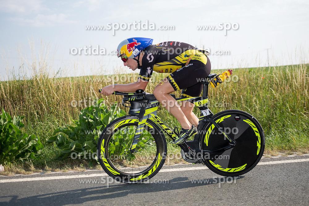 05.07.2015, Frankfurt, GER, Ironman Europameisterschaften, Frankfurt, im Bild Sebastian &quot;Sebi&quot; Kienle (Deuschland) auf der Radstrecke // during the Ironman European Championship 2015 triathlon in Frankfurt, Germany on 2015/07/05. EXPA Pictures &copy; 2015, PhotoCredit: EXPA/ Eibner-Pressefoto/ Schueler<br /> <br /> *****ATTENTION - OUT of GER*****
