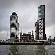 ROTTERDAM, THE NETHERLANDS, January 28, 2010  Hoogbouw en nieuwbouw op de Kop van Zuid. Hotel New York en woontoren Monte Video.. (photo by Michel de Groot)