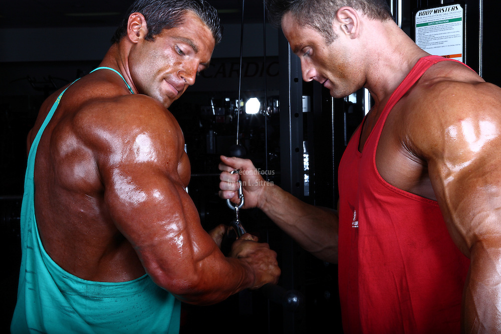 Bodybuilders Dan Decker and Brian Yersky triceps cable workout.